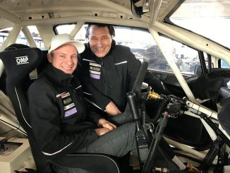 Max J. Pucher mit Kevin Eriksson. Bild: FIAWorldRallycross.com